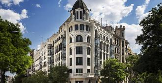 One Shot Luchana 22 - Madrid - Gebäude
