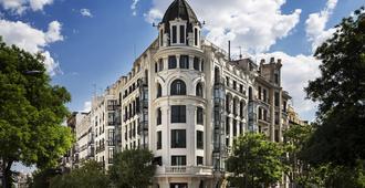 One Shot Luchana 22 - Madrid - Building