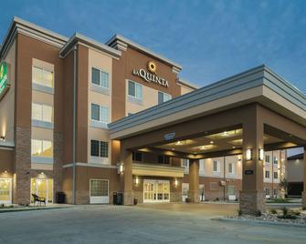 La Quinta Inn & Suites by Wyndham Grand Forks - Grand Forks - Gebäude