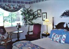 American Boutique Inn - Lakeview - Mackinaw City