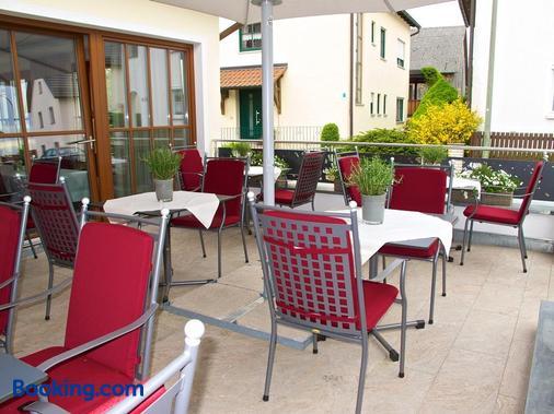 Landhotel Schneider - Riedenburg - Balcony