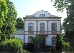 Villa zur Erholung Bed & Breakfast - Bad Breisig - Edificio