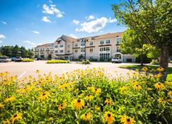 Towneplace Suites By Marriott Gilford - Gilford - Edificio