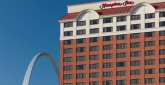 Hampton Inn St Louis-Downtown (At the Gateway Arch), MO - St. Louis - Toà nhà