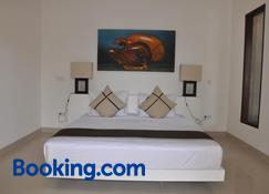Kokomo Resort - Pemenang - Schlafzimmer