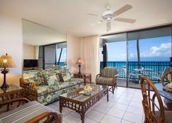 Aston at Papakea Resort - Lahaina - Living room