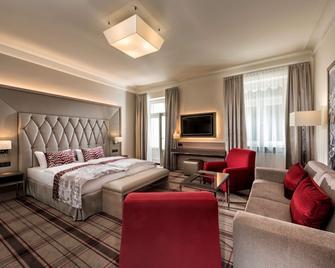 Radisson Blu Badischer Hof Hotel, Baden-Baden - Baden-Baden - Bedroom