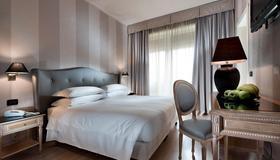 c-hotels Ambasciatori - Флоренция - Спальня