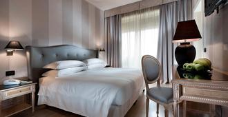 c-hotels Ambasciatori - Florence