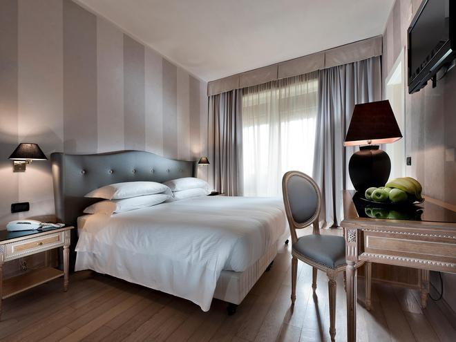 大使酒店 - 佛羅倫斯 - 臥室