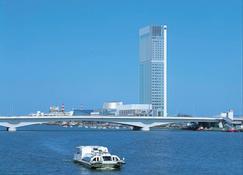 新瀉日航酒店 - 新潟 - 室外景