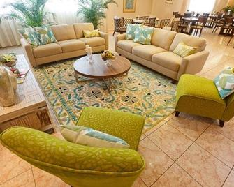Hotel Coral Suites - Panama City - Living room