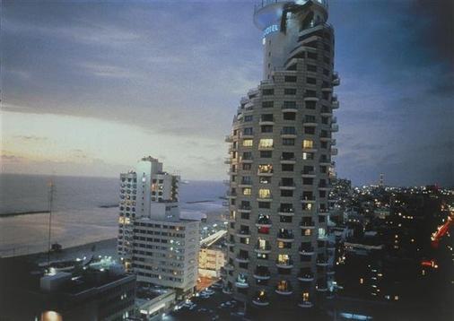 Isrotel Tower Hotel - Tel Aviv - Building