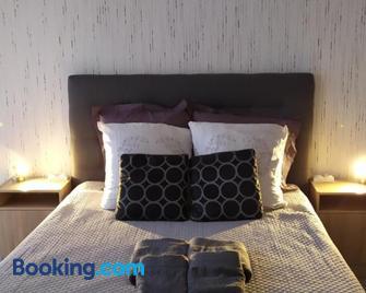 Appt intégral 127 - Sens - Bedroom