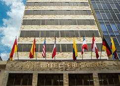 Hotel Presidente - Куенца - Building