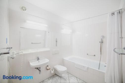 新斯干普酒店 - 科沃布熱格 - 科沃布熱格 - 浴室