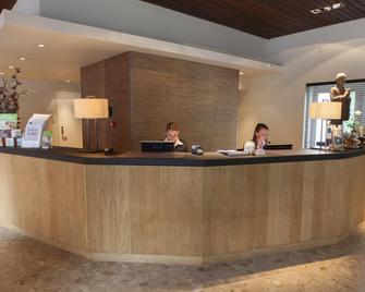 Fletcher Hotel-Restaurant Erica - Berg En Dal - Рецепція