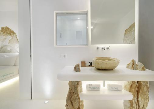 Mykonos Bay Resort & Villas - Mykonos - Bathroom