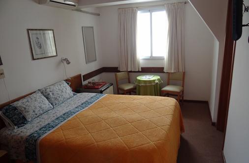 Hotel Argentina - Atlántida - Bedroom