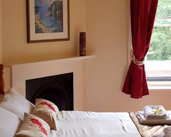The Inn On The Green - Dorking - Bedroom