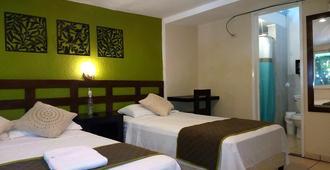 Hotel Tazumal House - San Salvador - Quarto