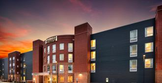 Staybridge Suites Marquette - Marquette