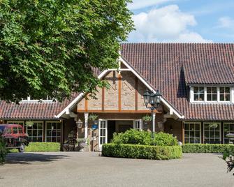 Landhuishotel & Restaurant De Bloemenbeek - De Lutte - Building