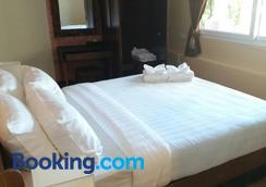Arcadia Maephim Serviced Apartment - Rayong - Bedroom