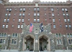 Thayer Hotel - West Point - Building
