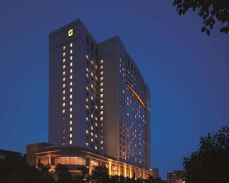 Shangri-La Hotel, Wuhan - Wu-chan - Building