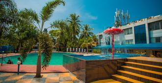 Silver Sands Beach Resort - Colva - Pool