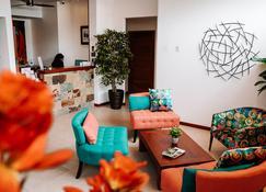 Hotel Cucuve - Puerto Ayora