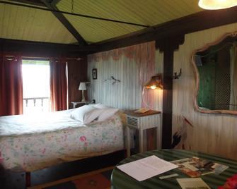 Hotel y apartamentos Son de Mar - Cazamular - Bedroom