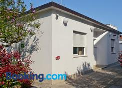 Bedrooms B&B - Pescara - Building