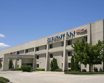 Baymont by Wyndham Springfield - Springfield - Gebäude