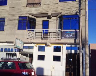 Hotel Nichkito - Uyuni - Building