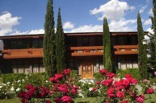 Gilgit Serena Hotel - Gilgit - Building