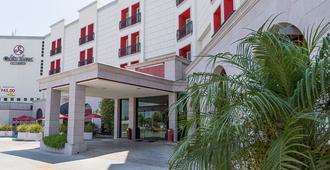 Hotel Colon Plaza Business Class - Nuevo Laredo