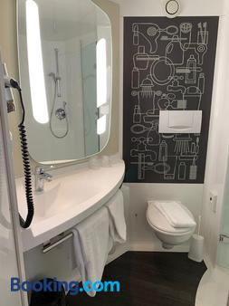 ibis Jena City - Jena - Bathroom