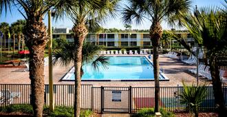 Seralago Hotel & Suites Main Gate East - Kissimmee - Piscina
