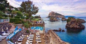 Strand Hotel Delfini - Ischia - Playa