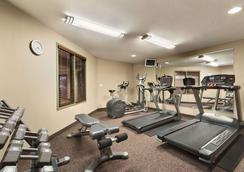 Days Inn by Wyndham Thunder Bay North - Thunder Bay - Gym
