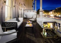 The Adelphi Hotel - Saratoga Springs - Balcón