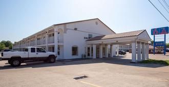 Motel 6 Bryan, Tx - University Area - Bryan - Edificio