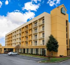 La Quinta Inn & Suites by Wyndham Kingsport TriCities Airpt