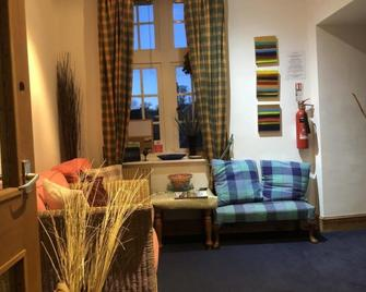 Self Catering Guest Rooms Duns - Duns - Wohnzimmer