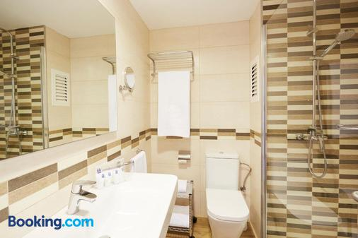 Invisa Hotel Ereso - Ibiza - Bathroom