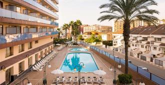 Htop Calella Palace & Spa - קאללה - בריכה