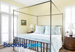 The Cottages on Charleston Harbor - Mount Pleasant - Bedroom