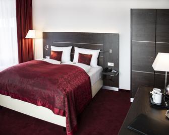 Hotel Rheingarten Duisburg - Duisburg - Slaapkamer